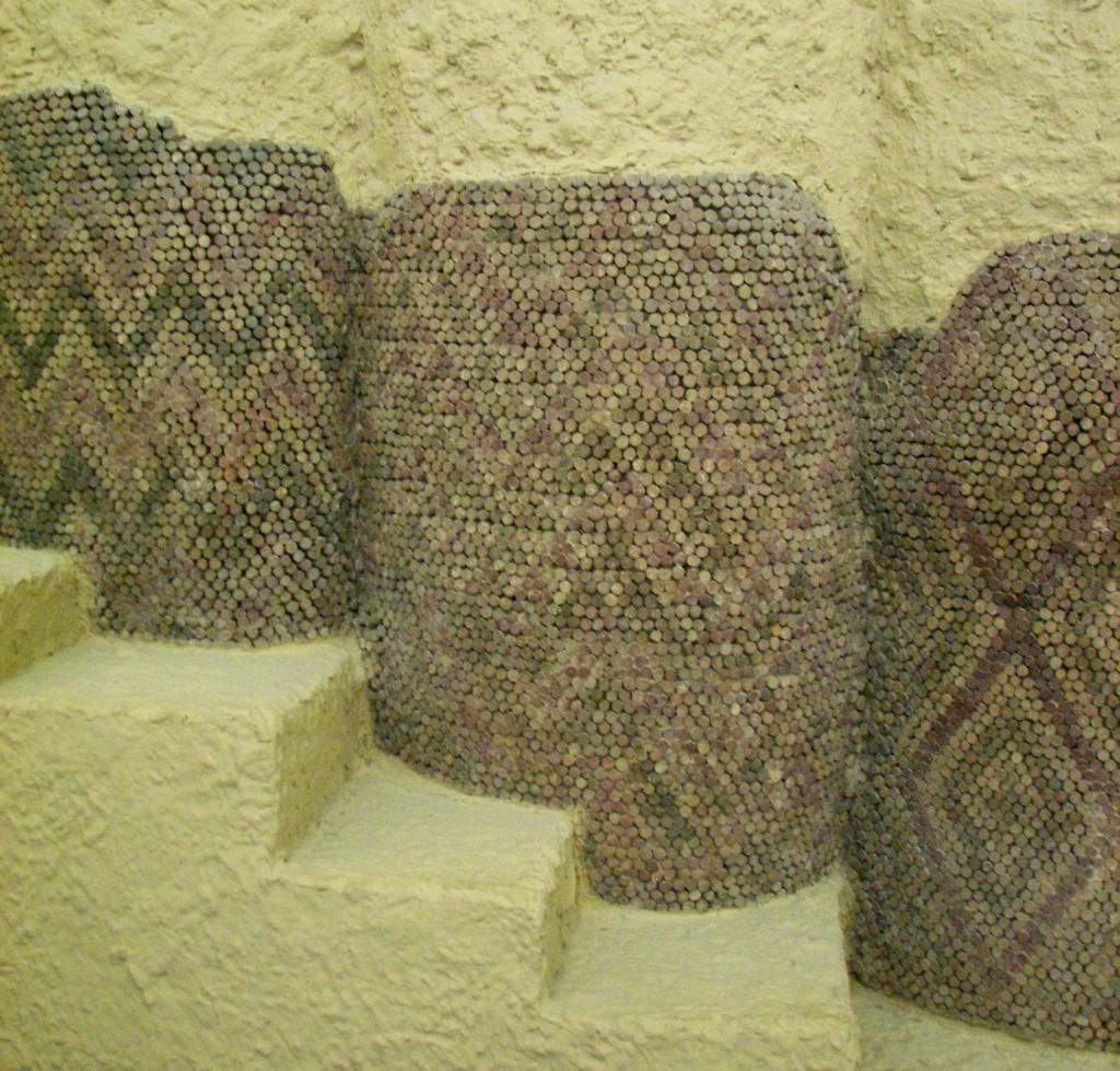 Конусная мозаика. Урук. Месопотамия. 3тыс. до н. э.